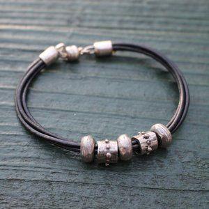 Jewelry - [5/$25] Simple Black Cord Bracelet Magnet Clasp
